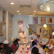 Abakash Konopiaty gives an introduction into Raw food. March 7, 2011